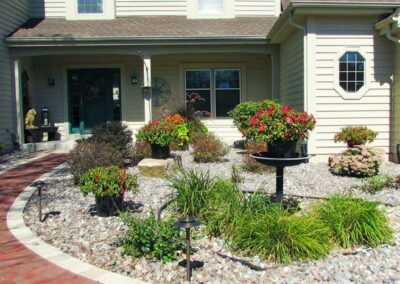 Front-Planting-Stone-bed